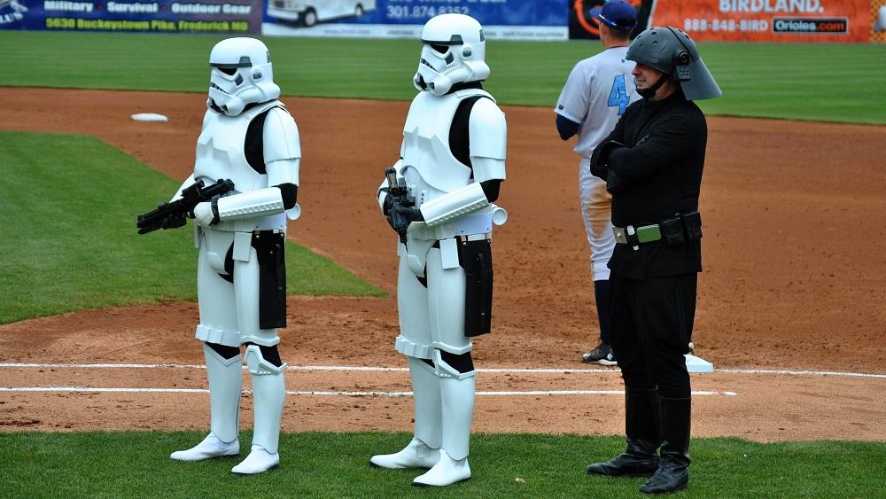 A Brief History Of Star Wars Baseball Bobbleheads